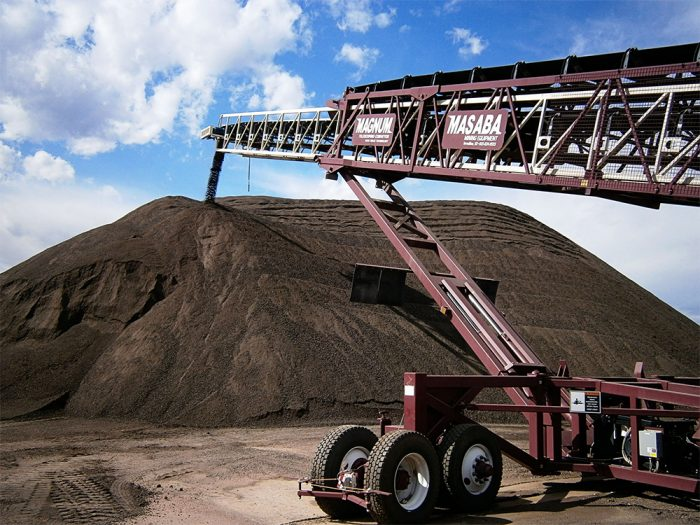 masaba-magnum-telescoping-conveyor-stockpiling