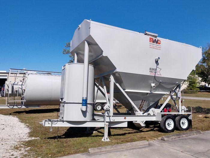 Portable silos on display